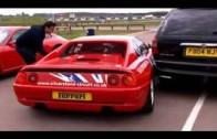 Tady je důkaz, že by holky nikdy neměly řídit Ferrari…