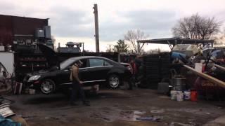 Demolice předsériového prototypu Mercedesu třídy S