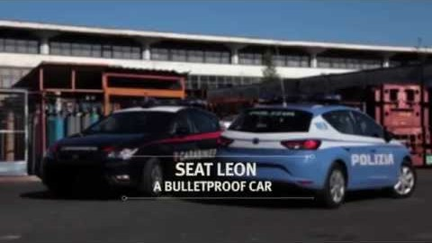 Obrněný Seat Leon pro italskou policii – co všechno vydrží?