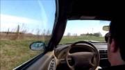To je šílené! Řidič omdlel za volantem Mustangu a jako zázrakem nikoho nenaboural