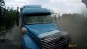 Bouračky z ruských silnic – video pro otrlé