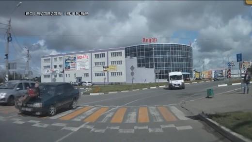 Bouračky v Rusku – tohle nevymyslíš