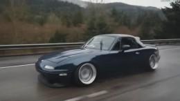 Mazda Miata je jednou z ikon 90. let