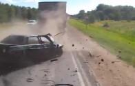 Masakr mezi kamiony – když výkon auta nestačí na rychlé předjetí