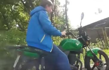 poprvé na motorce