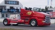 Scania R999 – nákladní kabriolet Red Pearl má 1000 koní