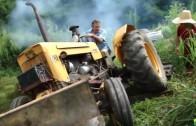 V hlavní roli traktor – video bouračky a přemety