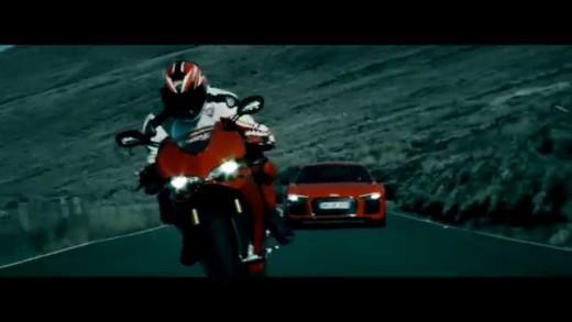 Audi R8 vs. Ducati na ostrově Man – Tour de Force