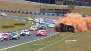 Brutální nehoda při závodech Porsche GT3 Cup v Brazílii