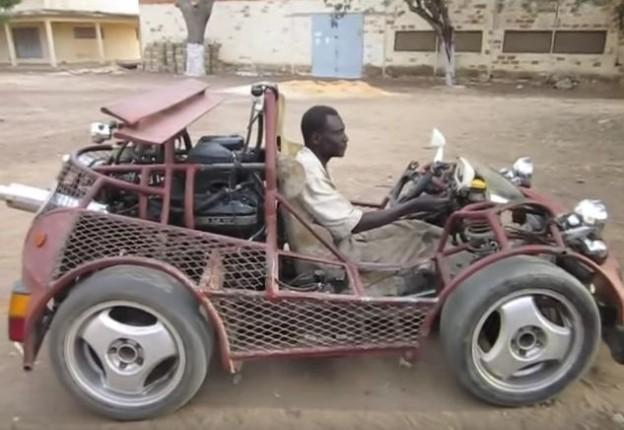 Buggy ze Senegalu s motorem BMW
