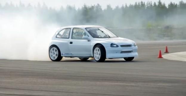 Opel Corsa 4x4 s Haldexem