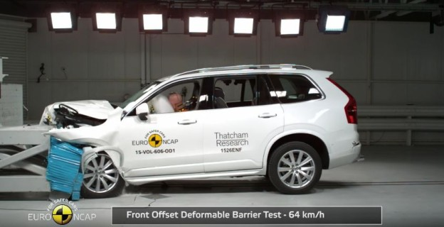 Nový Crash test Volvo XC90 2015