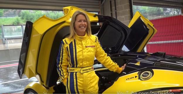 Manželka viceprezidenta Google Christine Slosse a její Ferrari FXX K.