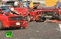 Masakr! Japonský sraz Ferrari na dálnici