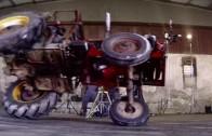 driftujici-traktor