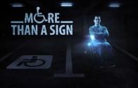 To je drsný! Hologramy vozíčkářů proti parkování na místech pro invalidy