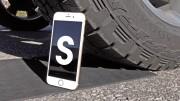 Vydrží iPhone 6s přejetí náklaďákem?