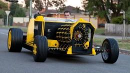 Auto z LEGA ve skutečné velikosti opravdu jezdí!