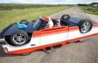 Kola nahoře, kola dole – auto jezdí vzhůru nohama