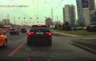 Ruská honička BMW X5M a Golfu GTI v běžném provozu