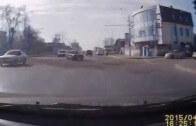 Žigulík a Moskvič se potkají při odbočování