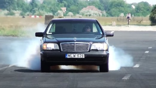 Mamut s motorem V12 biturbo
