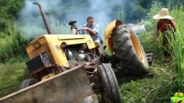 traktory-bouracky