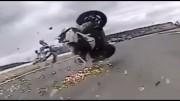 Vyhozeni ze sedla – karamboly motorkářů